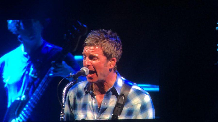 Noel Gallagher singing